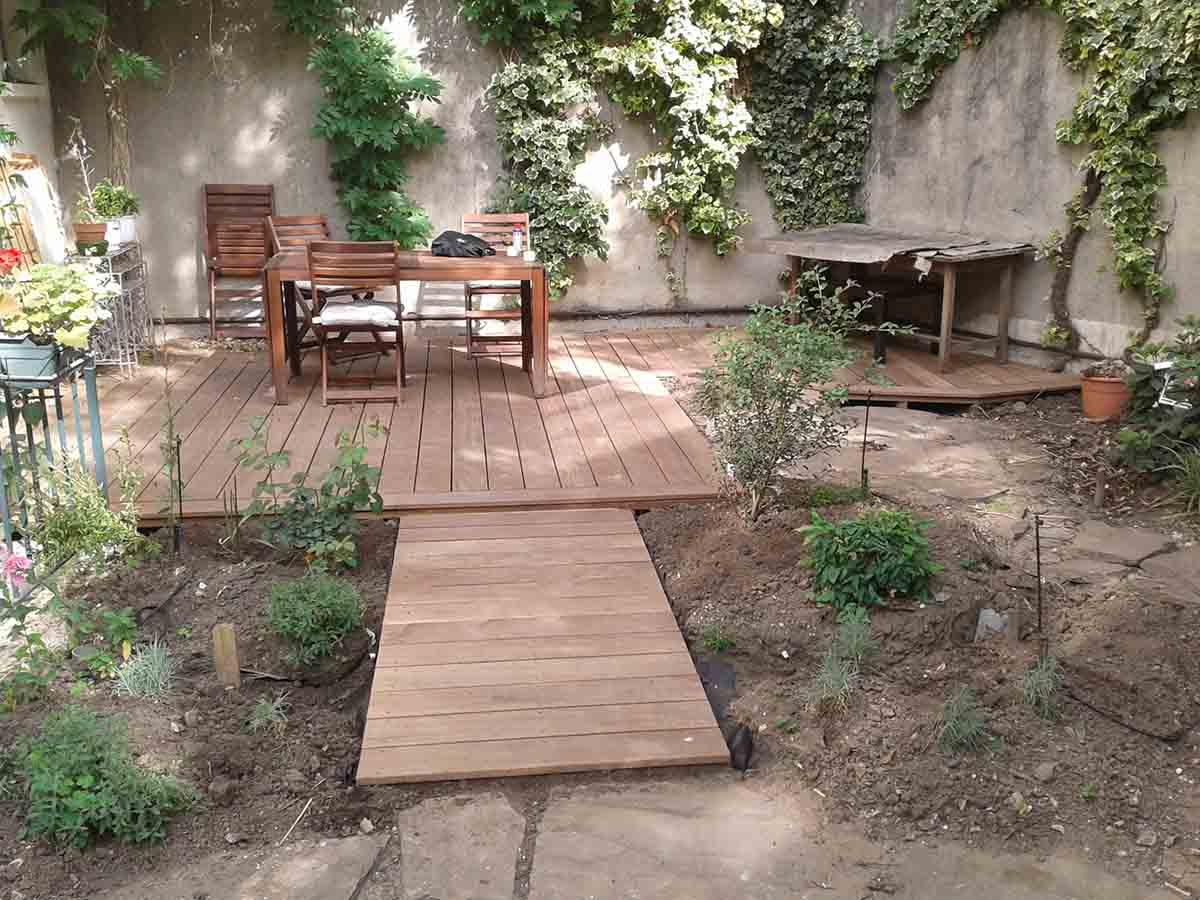 La terrasse et son chemin de liaison au dallage sont terminés